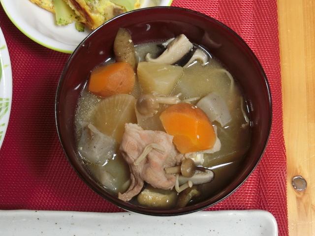 4/2の夕食 豚汁